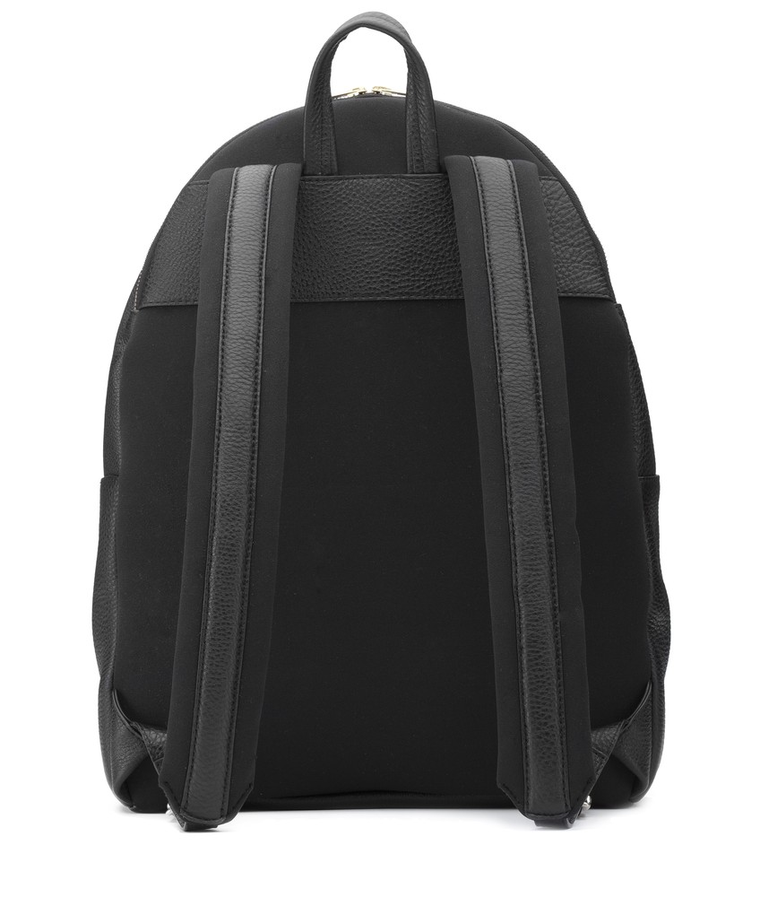 Proton Backpack Black